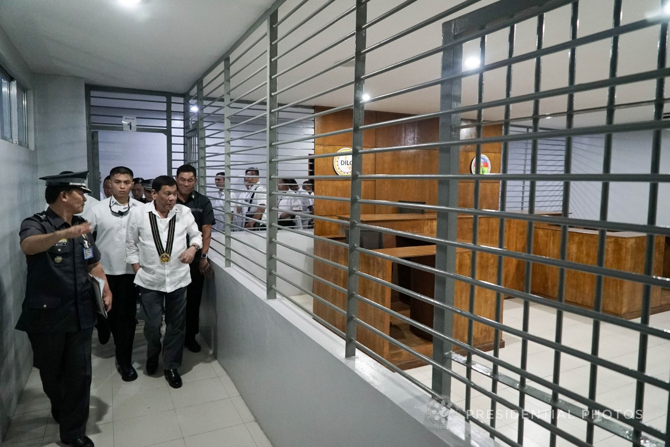 President Rodrigo Roa Duterte inspects the facilities of the Bureau of Jail Management and Penology (BJMP) during his visit at Camp Bagong Diwa in Taguig City on October 18, 2017. KING RODRIGUEZ/PRESIDENTIAL PHOTO