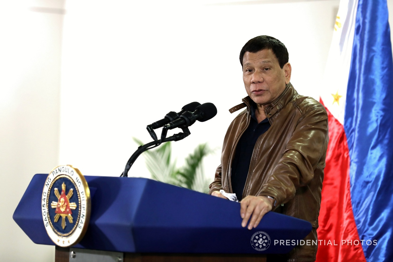 President Rodrigo Roa Duterte, in his speech during his arrival at the Francisco Bangoy International Airport in Davao City on January 26, 2018, announces that the heads of state and government from members countries of the Association of Southeast Asian Nations (ASEAN) as well as India have reaffirmed their commitment to work together in fighting terrorism. SIMEON CELI JR./PRESIDENTIAL PHOTO
