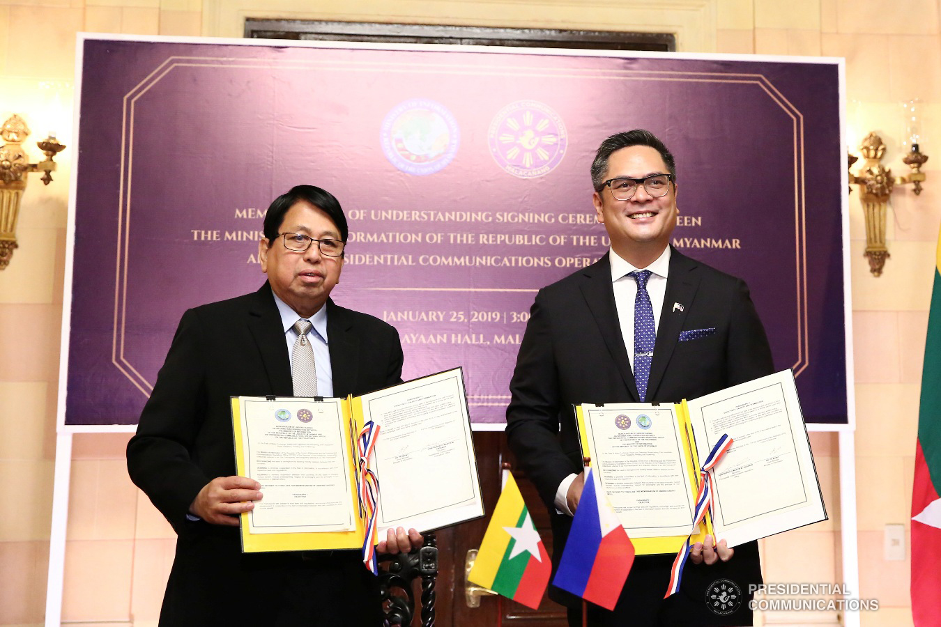 Presidential Communications Operations Office (PCOO) Secretary Martin Andanar and Myanmar Minister of Information Pe Myint pose for posterity after signing   the Memorandum of Understanding (MOU) during a ceremony at the Kalayaan Hall in Malacañang on January 25, 2019. The MOU is on the information cooperation   between the Philippines and Myanmar. ALFRED FRIAS/PRESIDENTIAL PHOTO