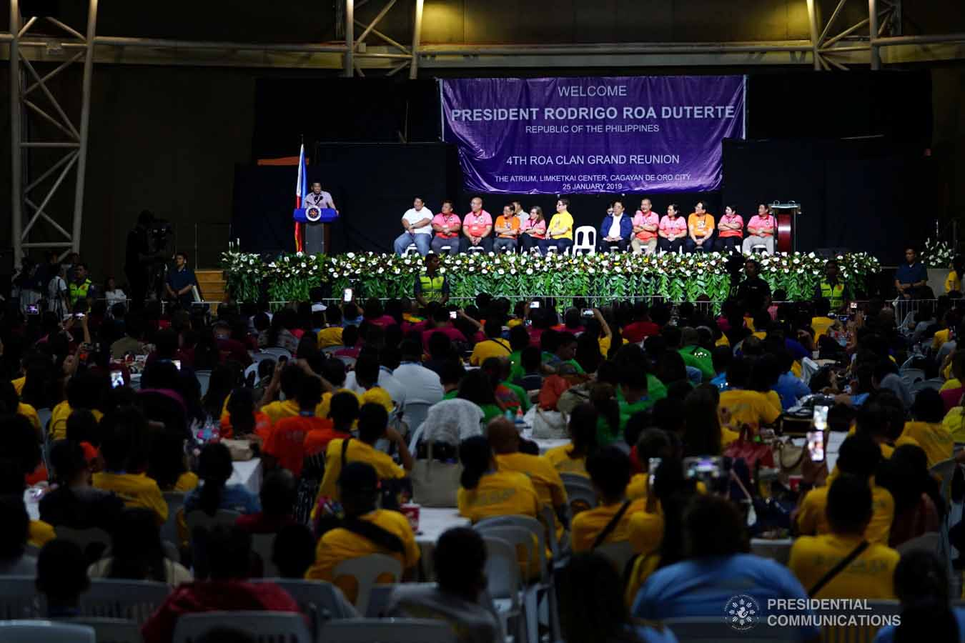Attendees during the 4th Roa Clan Grand Reunion listen to President Rodrigo Roa Duterte as he delivers his speech during the event at the Limketkai Center in Cagayan de Oro City on January 25, 2019. JOEY DALUMPINES/PRESIDENTIAL PHOTO