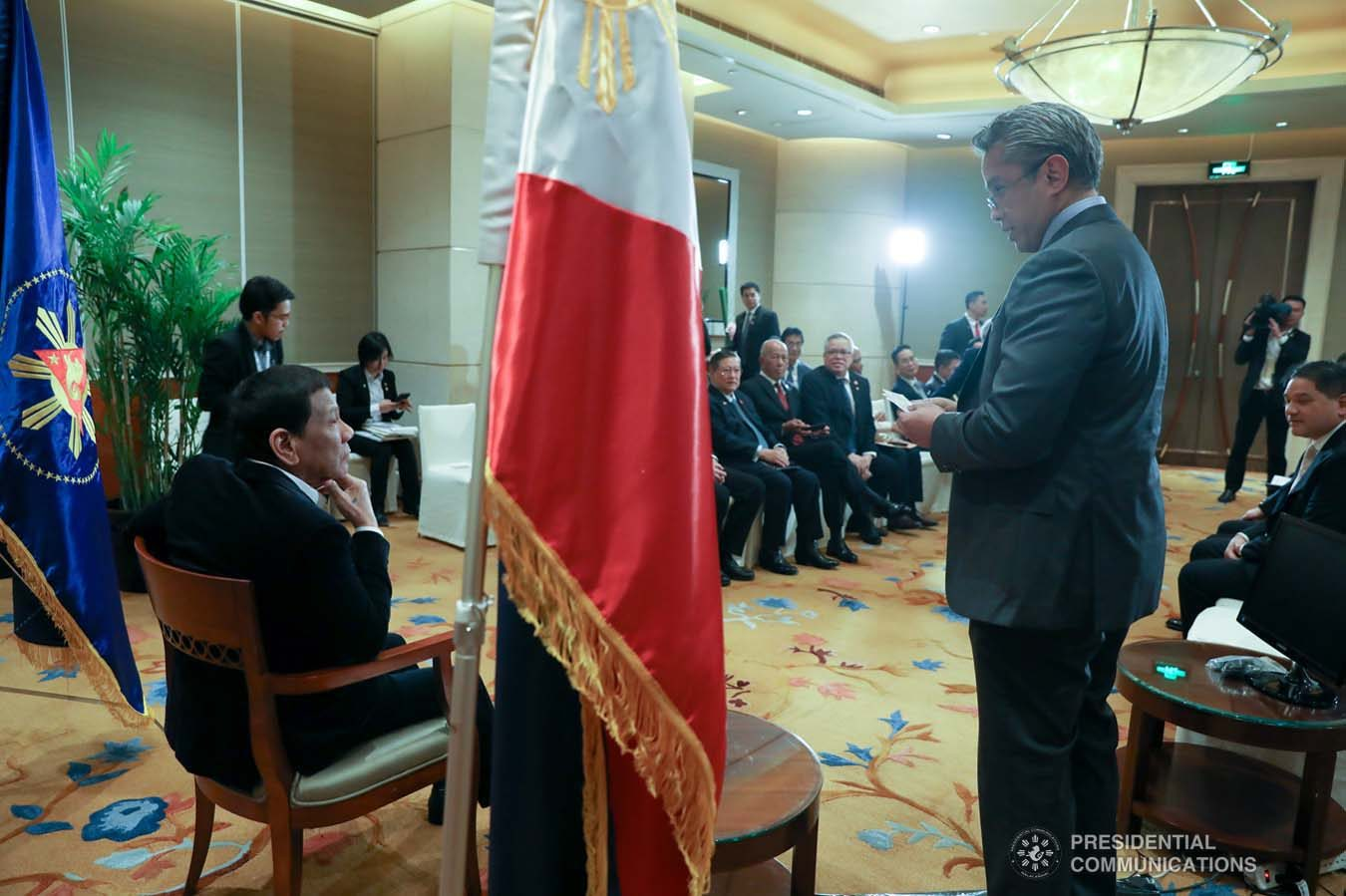 President Rodrigo Roa Duterte discusses matters with Cavite Governor Juanito Victor Remulla Jr. who paid a courtesy call on the President at the Grand Hyatt Hotel in Beijing on August 30, 2019. KARL NORMAN ALONZO/ PRESIDENTIAL PHOTO