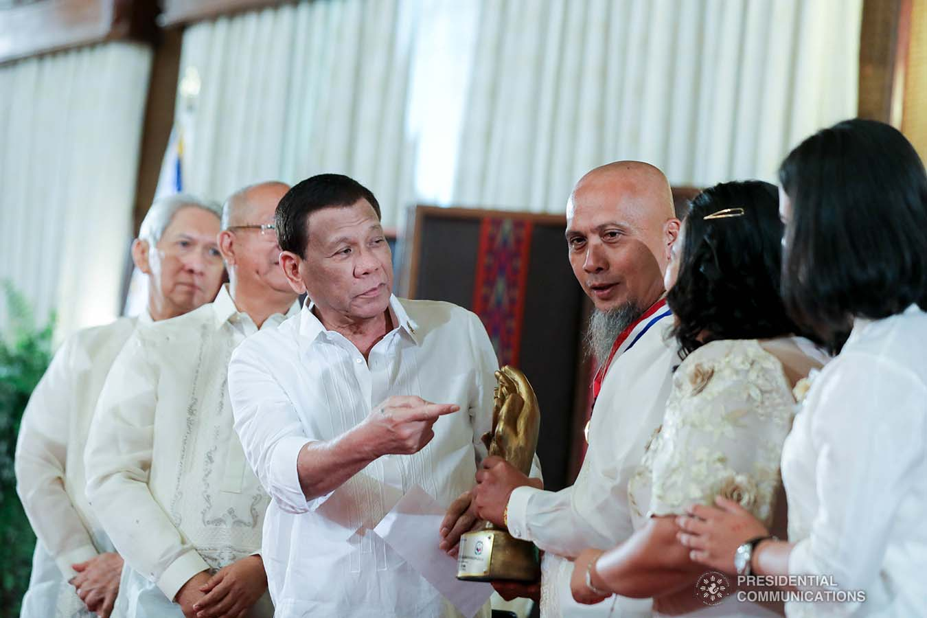 President Rodrigo Roa Duterte leads the awarding during the 2019 Outstanding Government Workers Awards Rites at the Malacañan Palace on September 10, 2019. ACE MORANDANTE/PRESIDENTIAL PHOTO