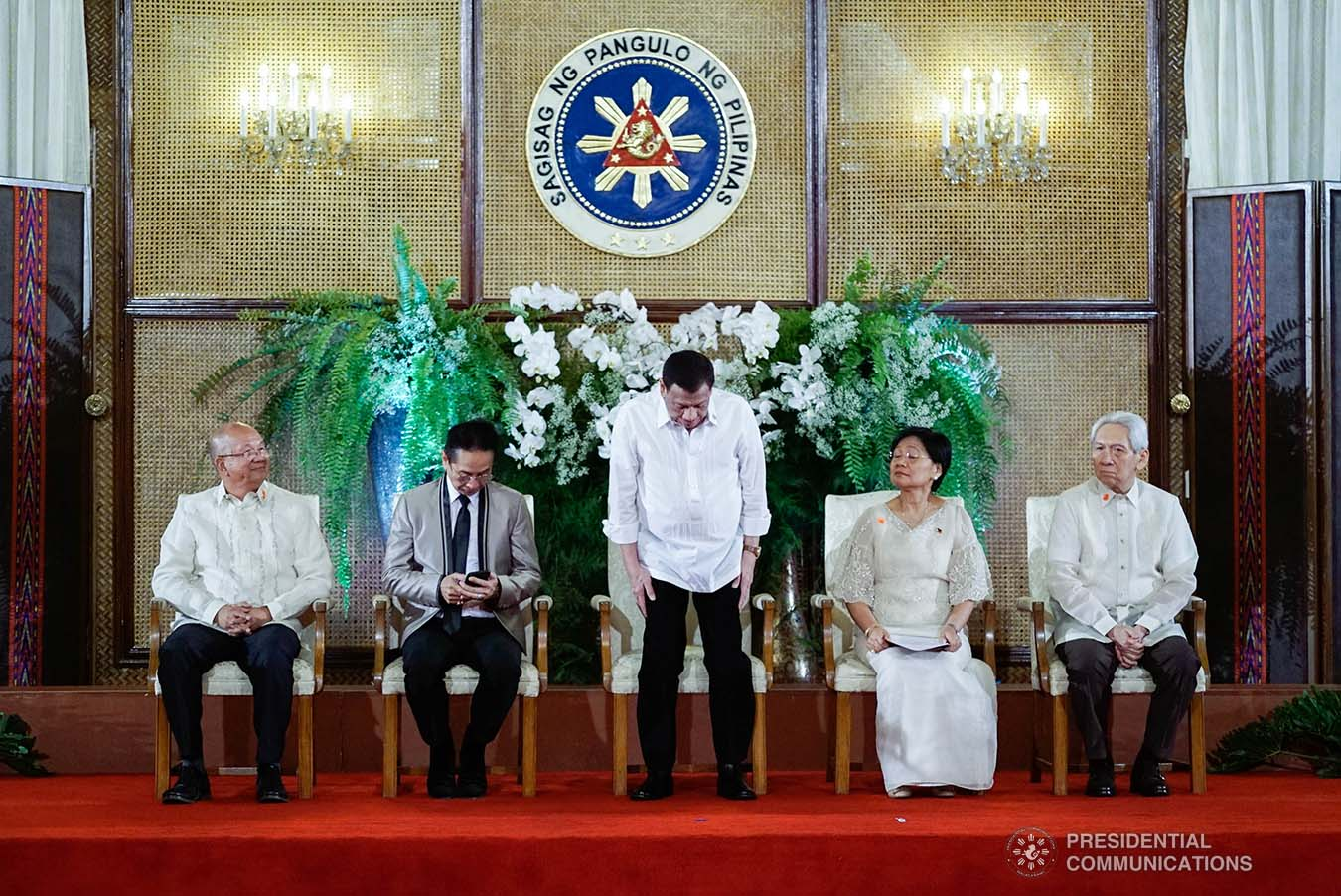 President Rodrigo Roa Duterte takes a bow as he takes center stage during the 2019 Outstanding Government Workers Awards Rites at the Malacañan Palace on September 10, 2019. KING RODRIGUEZ/PRESIDENTIAL PHOTO