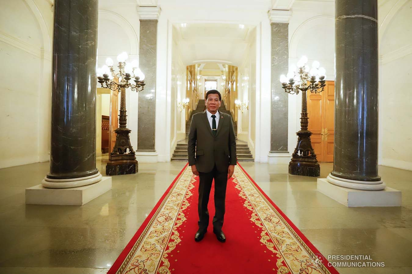 President Rodrigo Roa Duterte poses for posterity as he is given a tour inside the Kremlin Palace in Moscow, Russian Federation on October 4, 2019. KING RODRIGUEZ/PRESIDENTIAL PHOTO