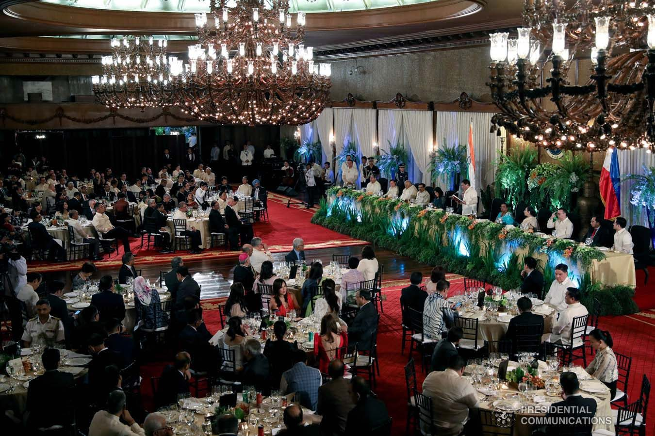 President Rodrigo Roa Duterte hosts a state banquet for President of the Republic of India Ram Nath Kovind at the Malacañan Palace on October 18, 2019. President Kovind is on a five-day state visit to the Philippines. RICHARD MADELO/PRESIDENTIAL PHOTO