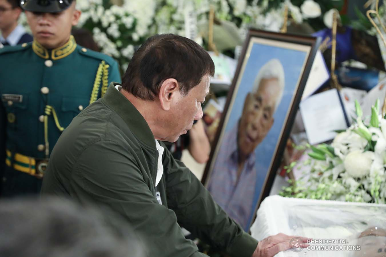 President Rodrigo Roa Duterte pays his last respects to the late former Senate President Aquilino Pimentel Jr. as he visits the wake at the Heritage Memorial Park in Taguig City on October 22, 2019. ROBINSON NIÑAL JR./PRESIDENTIAL PHOTO