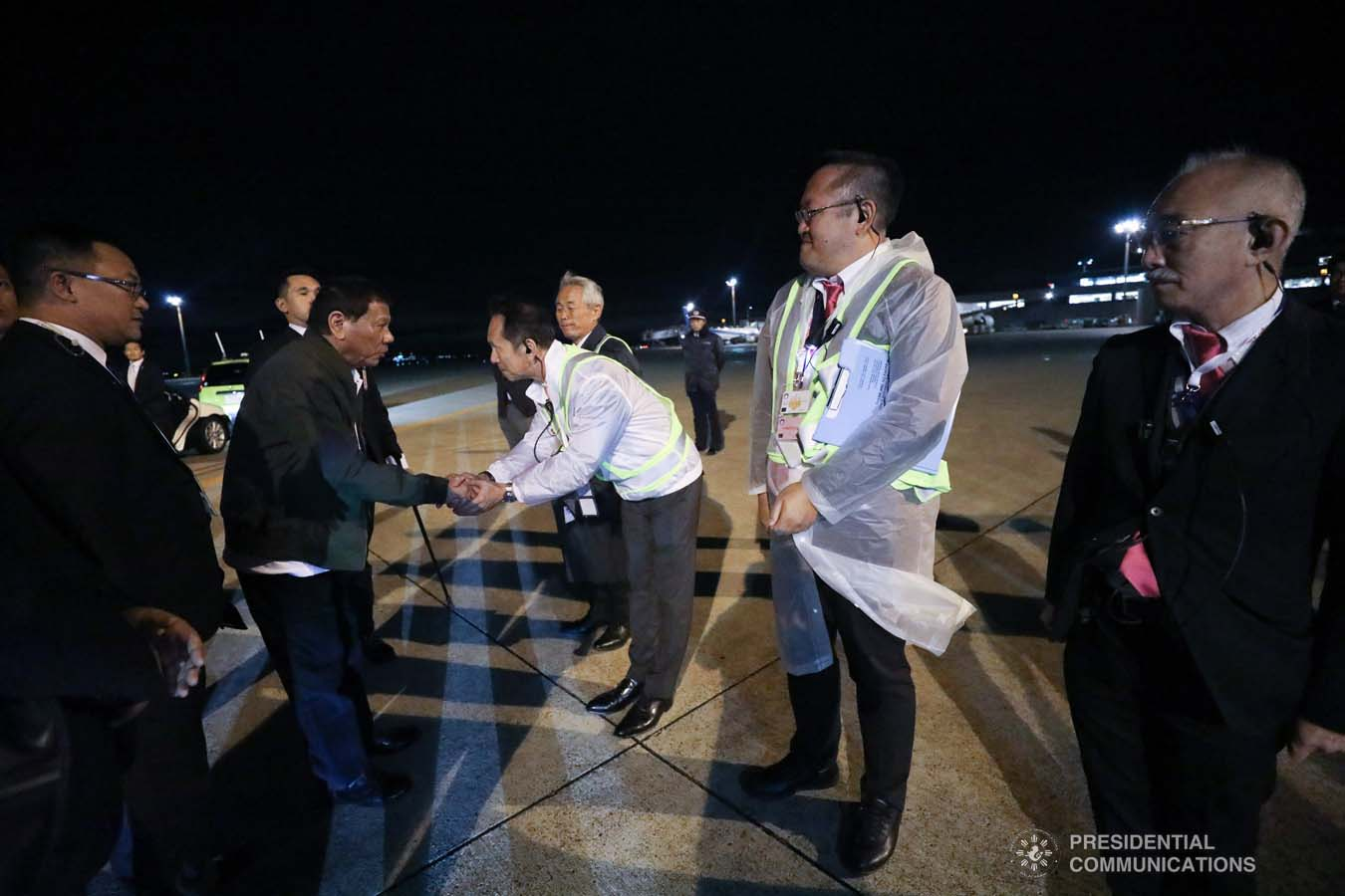 President Rodrigo Roa Duterte bids farewell to one of the members of the send-off party before his departure at the Haneda International Airport in Tokyo, Japan on October 22, 2019. The President attended the Ceremonies of the Accession to the Throne of His Majesty Emperor Naruhito. SIMEON CELI JR./PRESIDENTIAL PHOTO