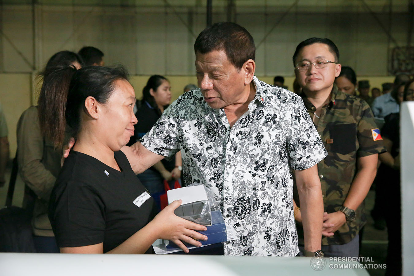 President Rodrigo Roa Duterte condoles with the kin of one of the slain soldiers he visited at Camp General Vicente Lukban in Catbalogan City in Samar on November 15, 2019. ALBERT ALCAIN/PRESIDENTIAL PHOTO