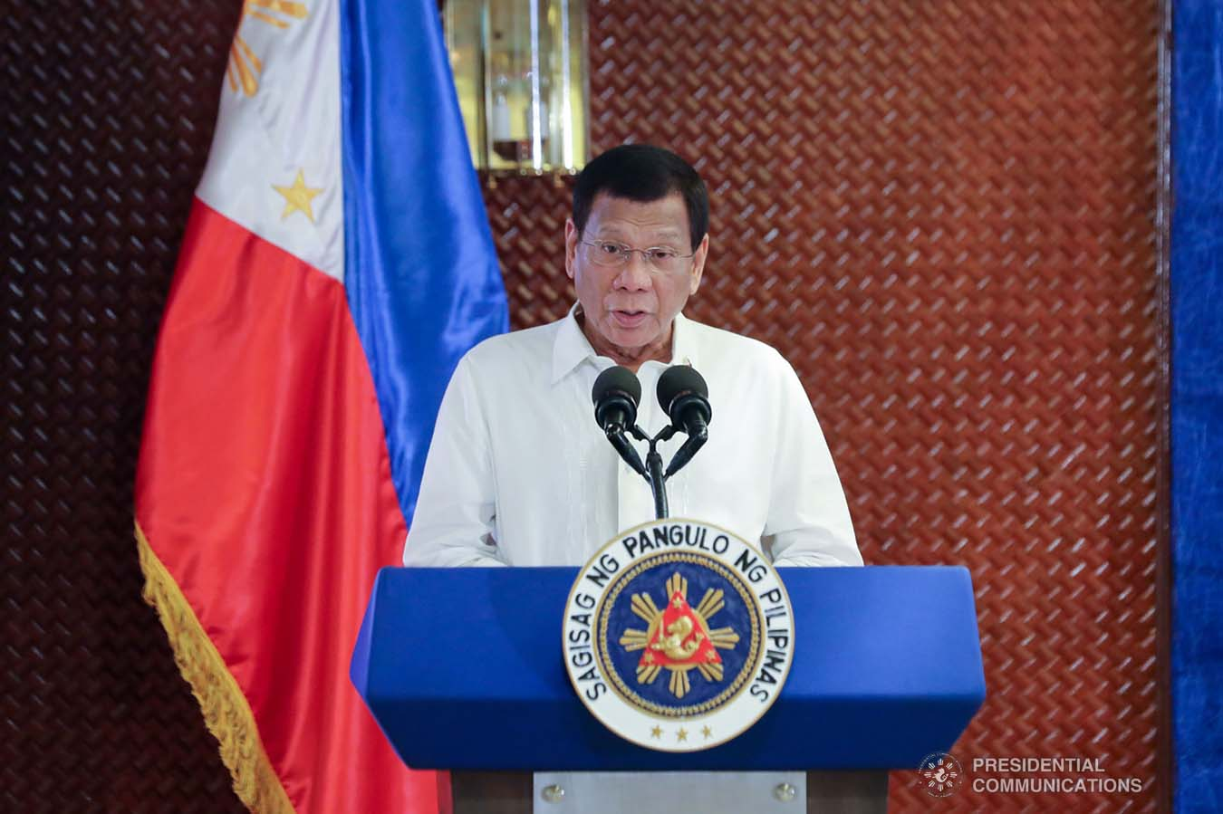 President Rodrigo Roa Duterte delivers his speech after leading the awarding ceremony for the 2019 Model Overseas Filipino Worker (OFW) Family of the Year Award (MOFYA) at the Malacañan Palace on November 28, 2019. VALERIE ESCALERA/PRESIDENTIAL PHOTO
