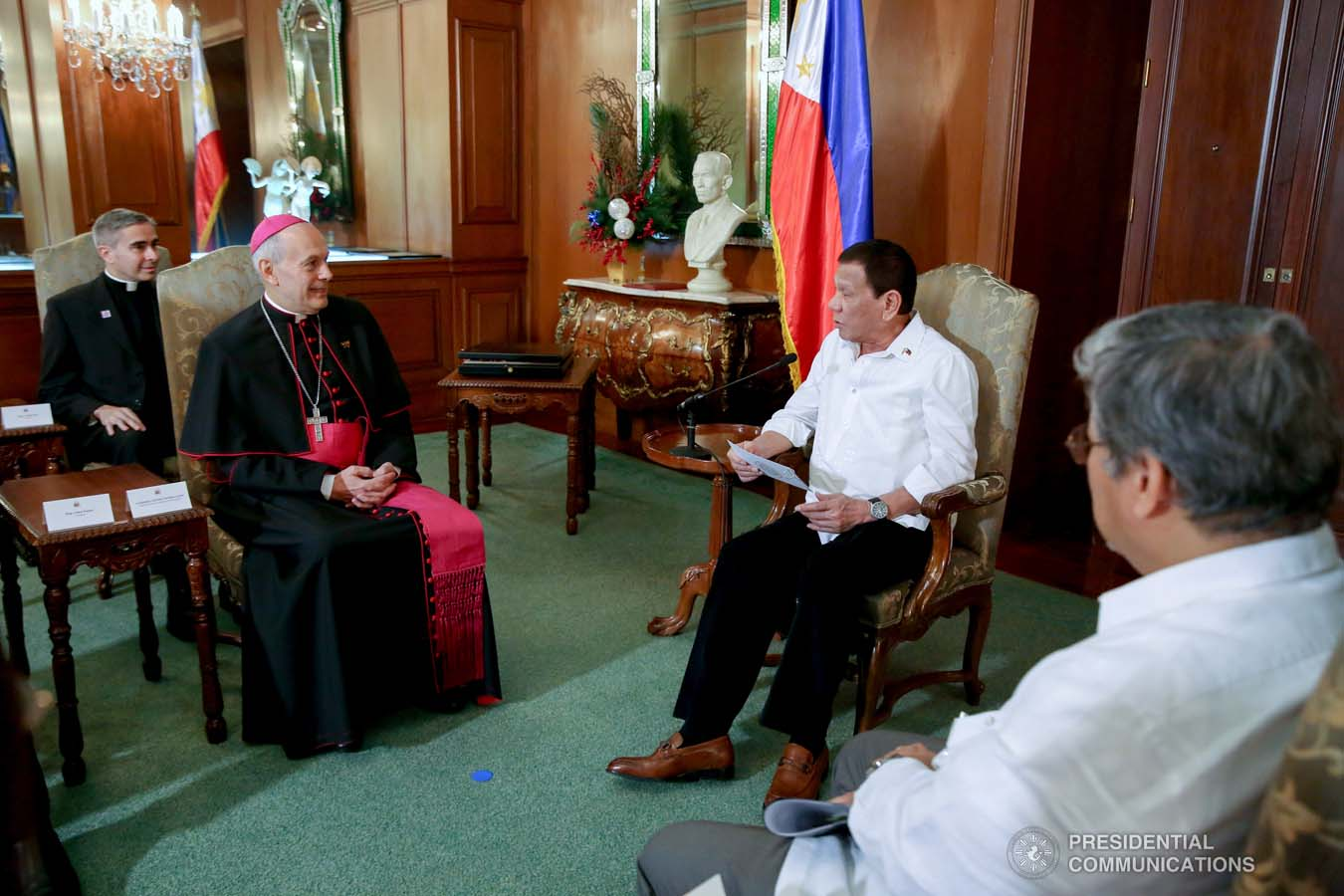 President Rodrigo Roa Duterte discusses matters with outgoing Apostolic Nuncio of the Holy See to the Philippines Archbishop Gabriele Caccia, who paid a farewell call to the President at the Malacañan Palace on December 11, 2019. ROBINSON NIÑAL JR./PRESIDENTIAL PHOT