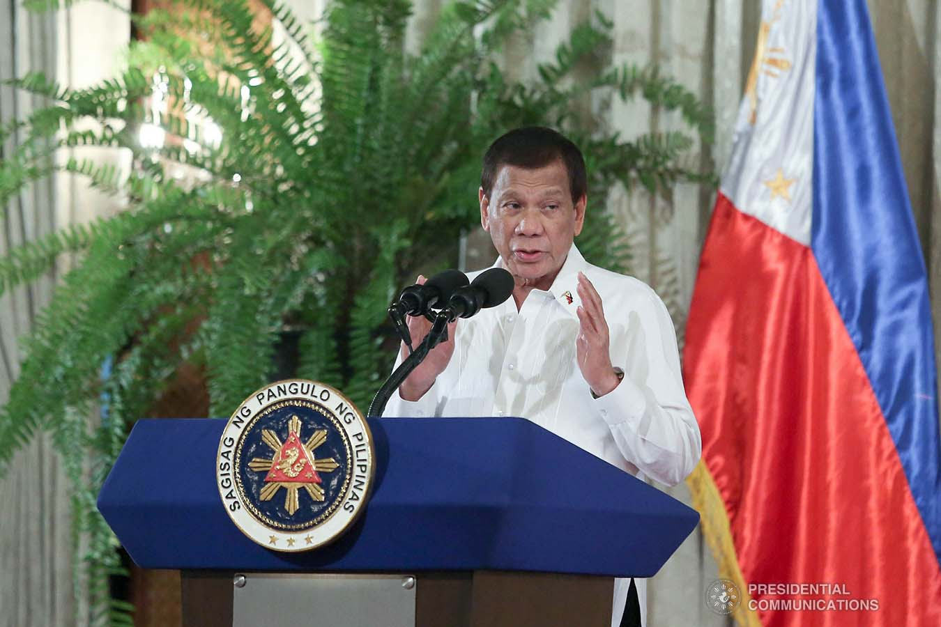President Rodrigo Roa Duterte delivers a speech during the oath-taking ceremony of newly-appointed government officials at the Malacañan Palace on January 8, 2020. VALERIE ESCALERA/PRESIDENTIAL PHOTO