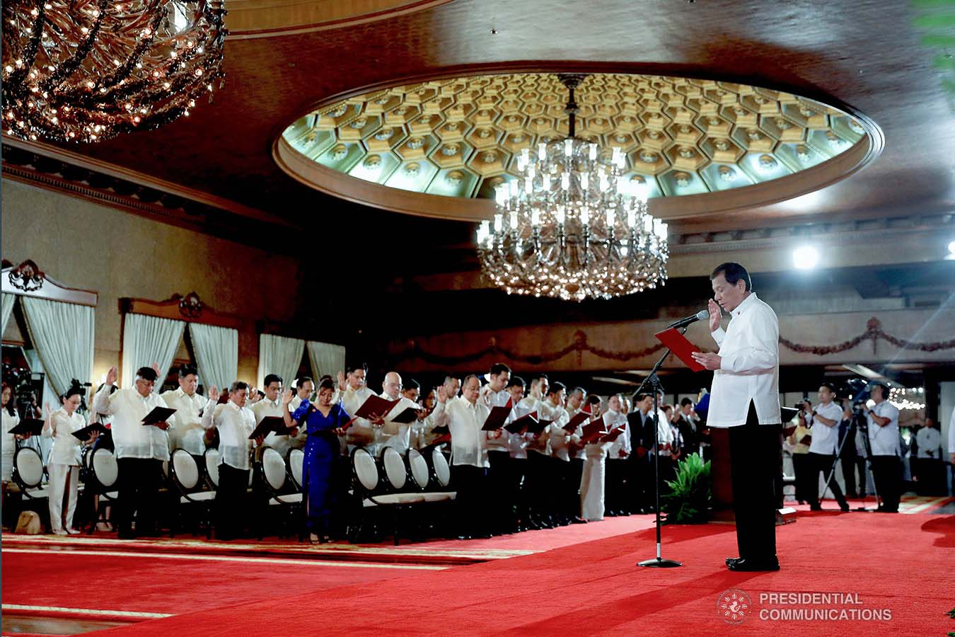 President Rodrigo Roa Duterte swears into office the newly-appointed government officials during the oath-taking ceremony at the Malacañan Palace on January 8, 2020. VALERIE ESCALERA/PRESIDENTIAL PHOTO