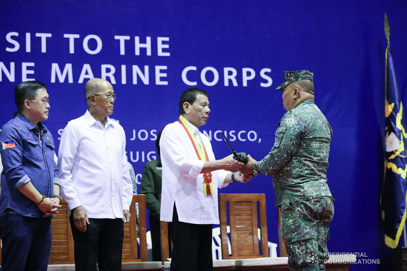 President Rodrigo Roa Duterte leads the ceremonial turnover of radio equipment to the personnel of the Philippine Marine Corps at Fort Bonifacio in Taguig City on January 13, 2020. ALFRED FRIAS/PRESIDENTIAL PHOTO