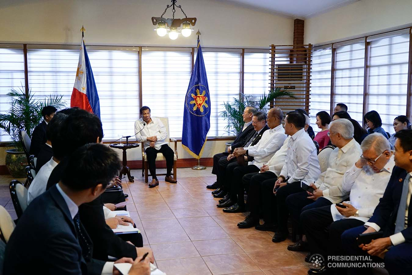 President Rodrigo Roa Duterte discusses matters with Japanese Foreign Minister Toshimitsu Motegi, who paid a courtesy call on the President at the Malacañang Golf Clubhouse in Manila on January 9, 2020. KING RODRIGUEZ/PRESIDENTIAL PHOTO