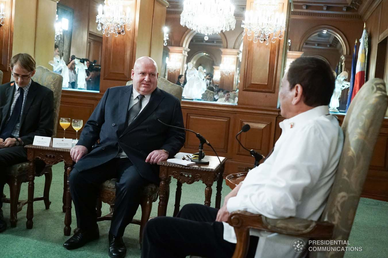 President Rodrigo Roa Duterte discusses matters with outgoing New Zealand Ambassador to the Philippines David Strachan, who paid a farewell call on the President at the Malacañan Palace on January 27, 2020. KING RODRIGUEZ/PRESIDENTIAL PHOTO