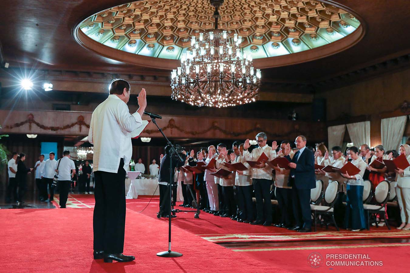 President Rodrigo Roa Duterte swears in the newly-appointed government officials during a ceremony at the Malacañan Palace on February 6, 2020. TOTO LOZANO/PRESIDENTIAL PHOTO