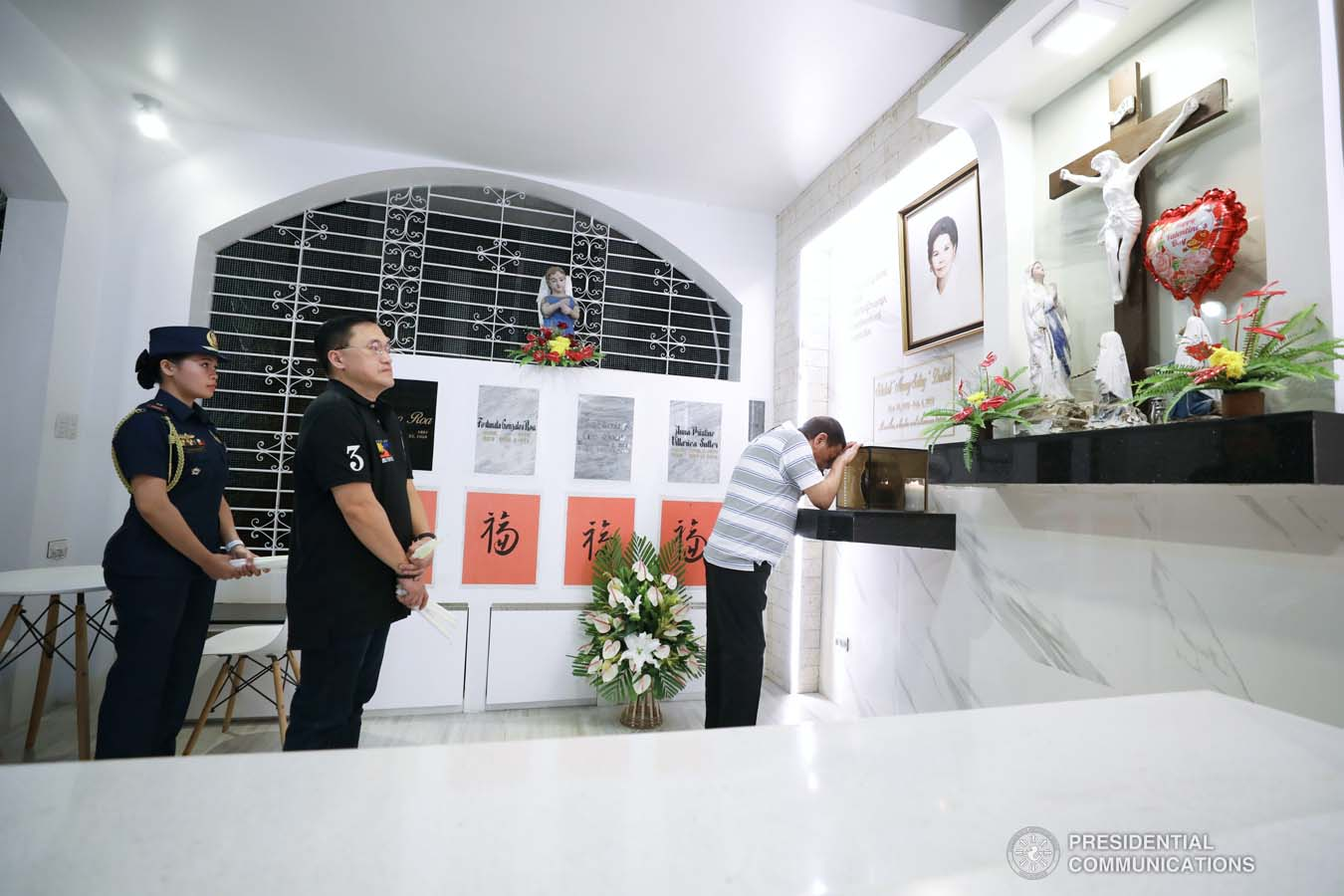 President Rodrigo Roa Duterte takes a solemn moment to commemorate the 52nd death anniversary of his father, Vicente Duterte, at the Roman Catholic Cemetery in Davao City on February 21, 2020. KARL NORMAN ALONZO/PRESIDENTIAL PHOTO