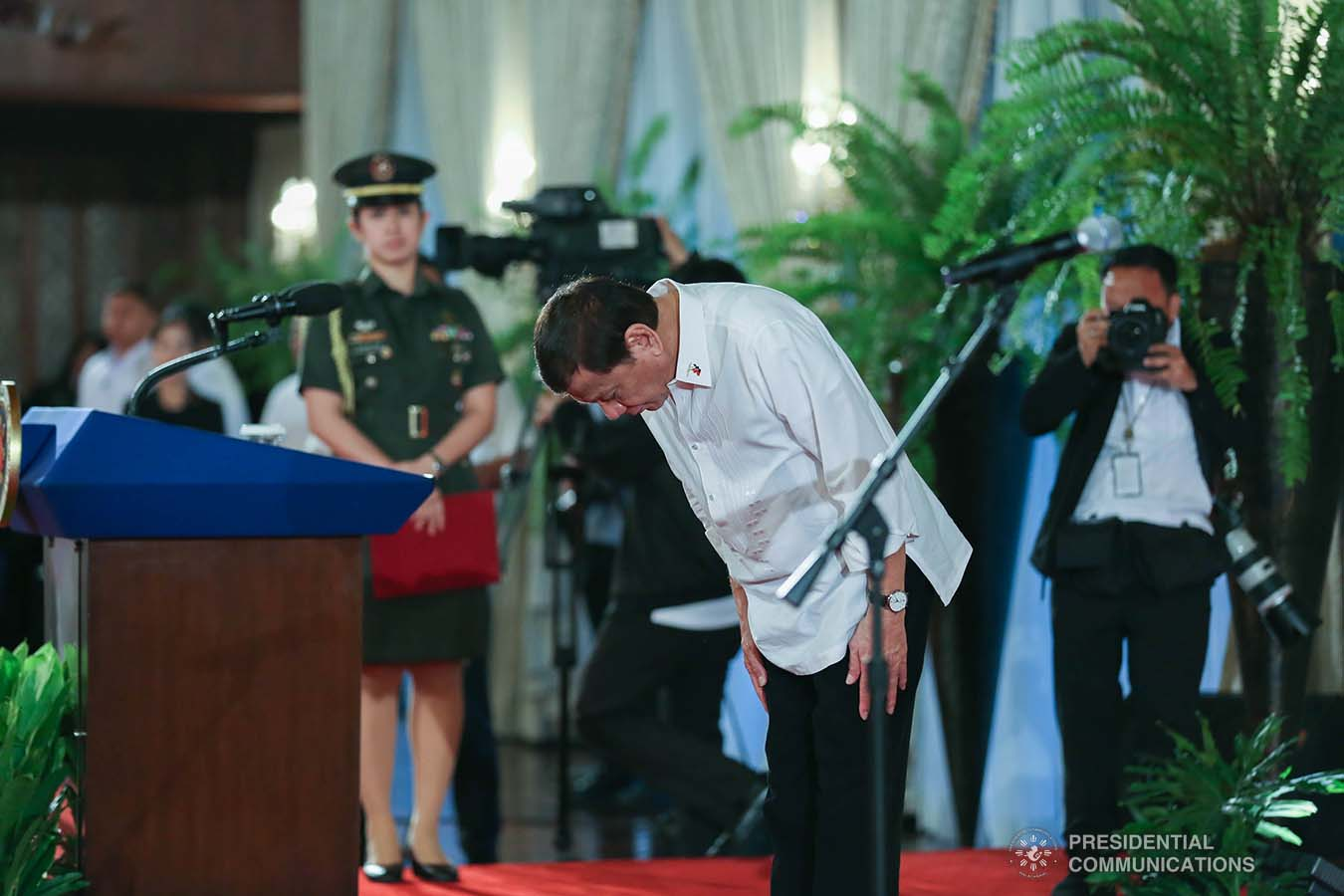 President Rodrigo Roa Duterte takes a bow before the newly-appointed government officials during the oath-taking ceremony at the Malacañan Palace on February 6, 2020. KARL NORMAN ALONZO/PRESIDENTIAL PHOTO