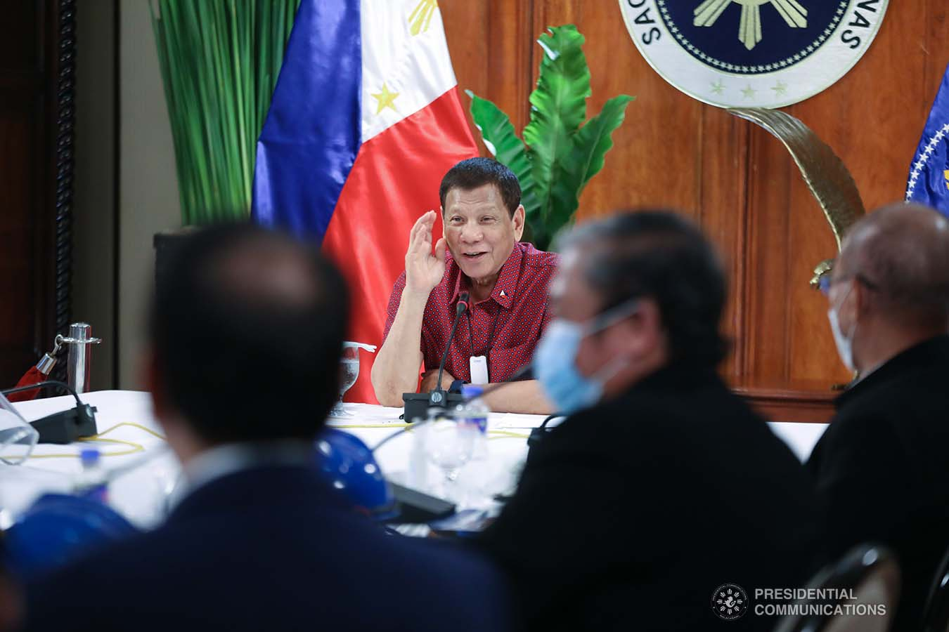 President Rodrigo Roa Duterte holds a meeting with members of the Inter-Agency Task Force on the Emerging Infectious Diseases (IATF-EID) at the Malago Clubhouse in Malacañang on May 28, 2020. ACE MORANDANTE/PRESIDENTIAL PHOTO