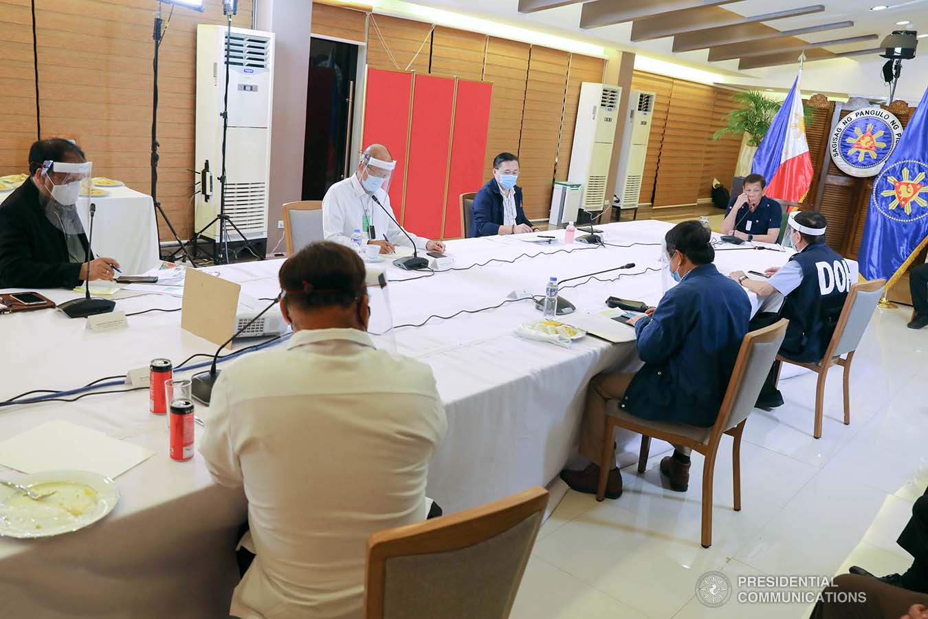President Rodrigo Roa Duterte holds a meeting with members of the Inter-Agency Task Force on the Emerging Infectious Diseases (IATF-EID) at the Matina Enclaves in Davao City on June 4, 2020. ROBINSON NIÑAL JR./PRESIDENTIAL PHOTO