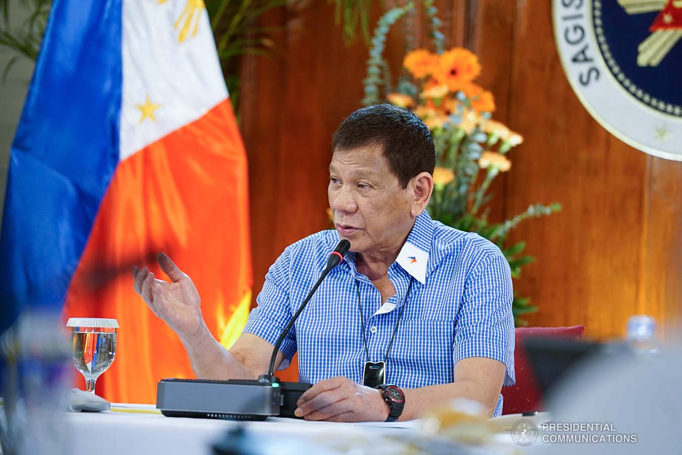 President Rodrigo Roa Duterte talks to the people after holding a meeting with the Inter-Agency Task Force on the Emerging Infectious Diseases (IATF-EID) core members at the Malago Clubhouse in Malacañang on July 15, 2020. KING RODRIGUEZ/PRESIDENTIAL PHOTO