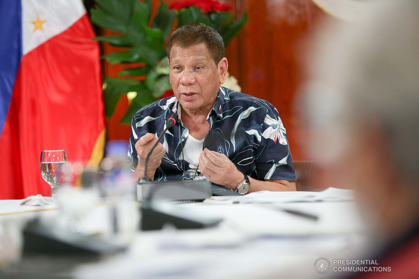 President Rodrigo Roa Duterte talks to the people after holding a meeting with the Inter-Agency Task Force on the Emerging Infectious Diseases (IATF-EID) core members at the Malago Clubhouse in Malacañang on October 5, 2020. SIMEON CELI/ PRESIDENTIAL PHOTO