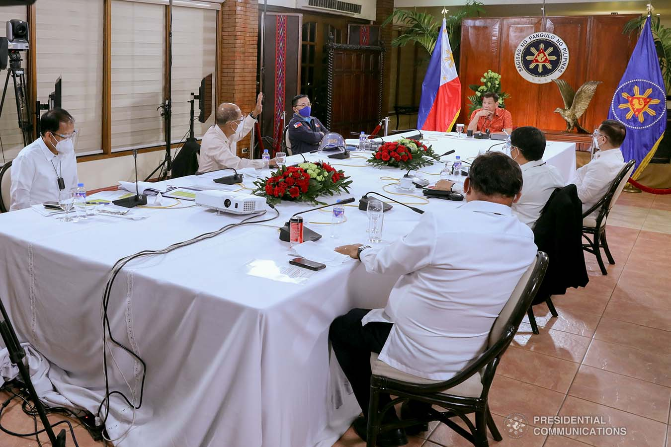 President Rodrigo Roa Duterte presides over a meeting with the Inter-Agency Task Force on the Emerging Infectious Diseases (IATF-EID) core members prior to his talk to the people at the Malacañang Golf (Malago) Clubhouse in Malacañang Park, Manila on October 19, 2020. ROBINSON NIÑAL/PRESIDENTIAL PHOTO