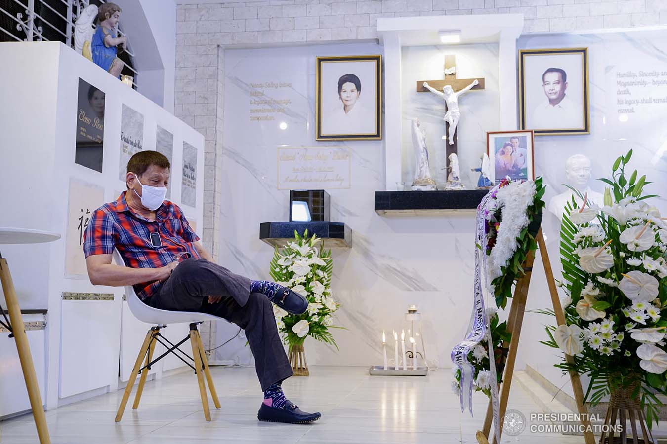President Rodrigo Roa Duterte visits the resting place of his parents, Vicente Duterte, the former governor of then undivided Davao Province, and Soledad Duterte, one of Davao's respected civic leaders, at the Roman Catholic Cemetery in Davao City on October 28, 2020. The President, as an annual tradition, visits the family mausoleum during All Saints or All Souls Day even when he was still mayor of Davao City. JOEY DALUMPINES/PRESIDENTIAL PHOTO