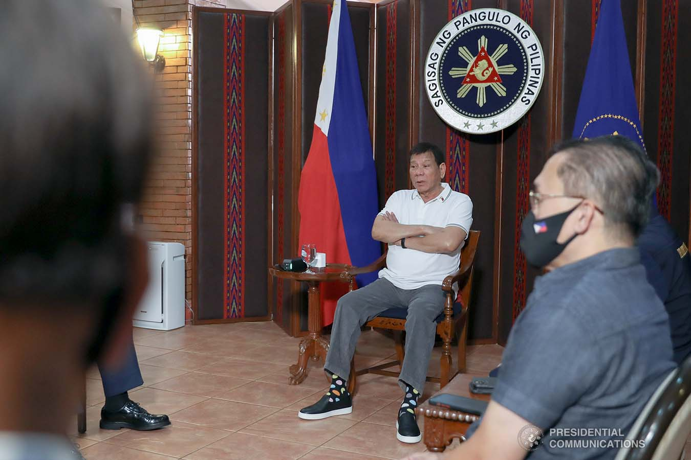 President Rodrigo Roa Duterte meets with Philippine National Police Chief Debold Menorias Sinas and Philippine Drug Enforcement Agency (PDEA) Director General Wilkins Villanueva as he orders both of them to discontinue their ongoing investigation after directing an order to the National Bureau of Investigation (NBI) to conduct a probe on the recent shootout in Commonwealth Avenue, Quezon City. The President aims to ensure impartiality on the said incident. With them during the meeting at the Malacañang Golf (Malago) Clubhouse in Malacañang Park, Manila on February 26, 2021 are Senator Christopher Lawrence Go, Justice Secretary Menardo Guevarra, Presidential Spokesperson Herminio Harry Roque Jr., and NBI Director Antonio Pagatpat. KARL NORMAN ALONZO/ PRESIDENTIAL PHOTO