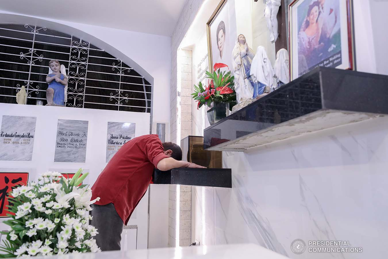 President Rodrigo Roa Duterte, before heading to Manila, visits the resting place of his parents, Vicente Duterte, the former governor of then undivided Davao Province, and Soledad Duterte, one of Davao's respected civic leaders, at the Roman Catholic Cemetery in Davao City on February 21, 2021. The President consistently visits his departed loved ones even when he was still mayor of Davao City. RICHARD MADELO/ PRESIDENTIAL PHOTO