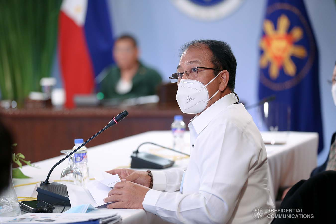 Presidential Adviser on Peace Process and National Task Force against Coronavirus Disease-2019 (NTF COVID-19) chief implementer Carlito Galvez Jr. gives an update to President Rodrigo Roa Duterte during a meeting with the Inter-Agency Task Force on the Emerging Infectious Diseases (IATF-EID) core members at the Malacañang Golf (Malago) Clubhouse in Malacañang Park, Manila on March 1, 2021. KARL NORMAN ALONZO/ PRESIDENTIAL PHOTO