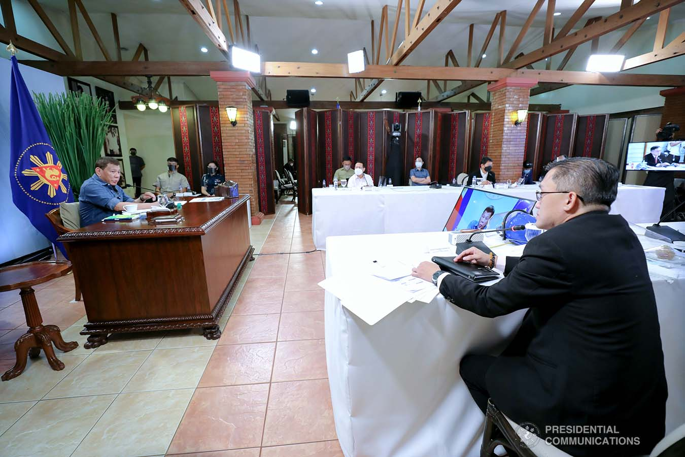 President Rodrigo Roa Duterte presides over a meeting with the Inter-Agency Task Force on the Emerging Infectious Diseases (IATF-EID) core members prior to his talk to the people at the Malacañang Golf (Malago) Clubhouse in Malacañang Park, Manila on May 26, 2021. ROBINSON NIÑAL/ PRESIDENTIAL PHOTO
