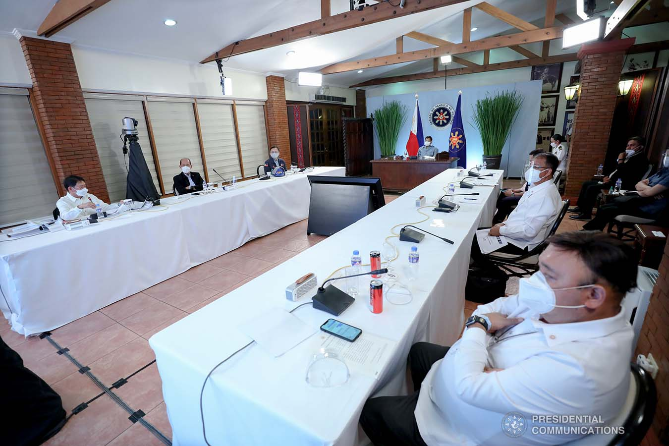 President Rodrigo Roa Duterte presides over a meeting with the Inter-Agency Task Force on the Emerging Infectious Diseases (IATF-EID) core members prior to his talk to the people at the Malacañang Golf (Malago) Clubhouse in Malacañang Park, Manila on May 13, 2021. ROBINSON NIÑAL/ PRESIDENTIAL PHOTO